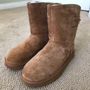 Ugg Remora Short Boots